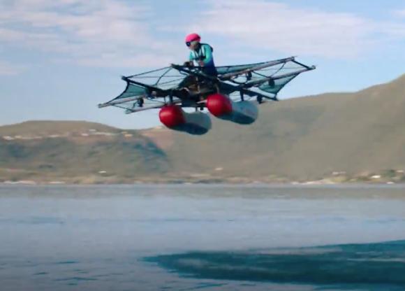 年内販売決定!1人乗り水上電動飛行機「キティ・フォーク・フライヤー」