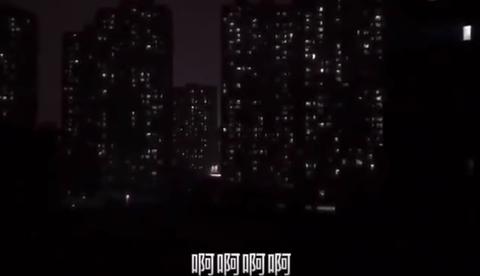 【悲報】メガロポリス武漢市さん、Sirenの世界になる【動画】