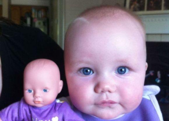 海外ではリアリティがあるほどに愛される。どっちがうちの子?ってレベルの赤ちゃんとそっくり人形14組