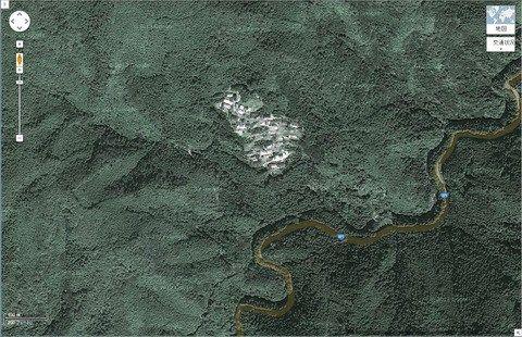 山の中にぽつんとある集落wwwwwwww