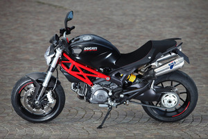ducati-monster-796-test_61