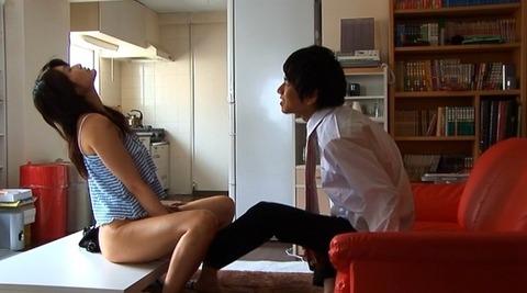 nud_chihiro_koganezaki_oyogenai_006