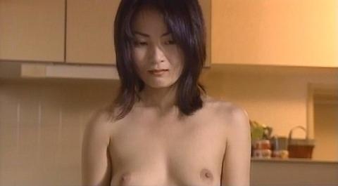 nud_mika_aizawa_shinninnukumori_007z