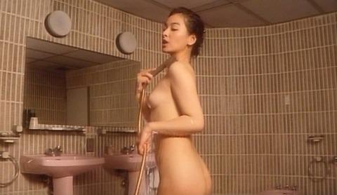 nud_harumi_saijo_kiss2_005