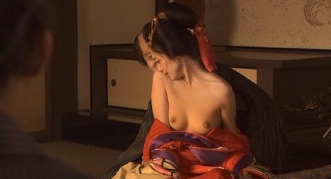 nud_yumi_adachi_hanadoh_001z