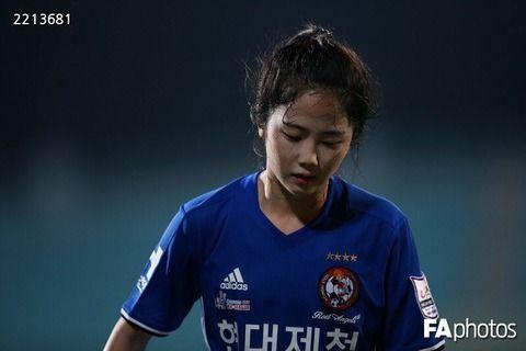 【画像あり】可愛すぎる韓国代表10番イ・ミナが日本にwwwwww