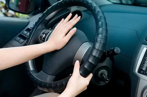 【絶望】安易に「クラクション」を鳴らしてしまった運転手の末路が・・・・・
