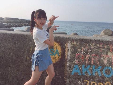 女子高生のミニスカ太ももキタ━━━━(゚∀゚)━━━━!! (※画像あり)