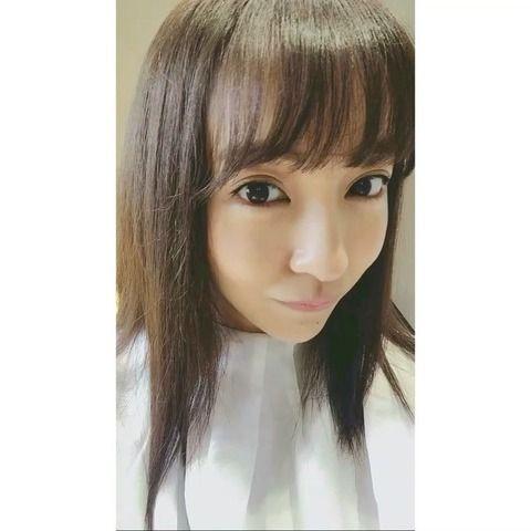 【画像】元AKB板野友美さん(25)が髪型を変えてイメチェン「誰これ!」と絶賛の声