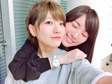 【悲報】松井珠理奈の腕時計がダイヤモンドだらけの超高級腕時計
