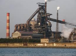助けて!神戸製鋼所が潰れそう!59年稼働した高炉も停止、複数銀行には500億の融資打診・・・