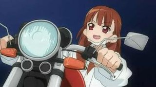 【悲報】女さん、バイクに乗り粋がる