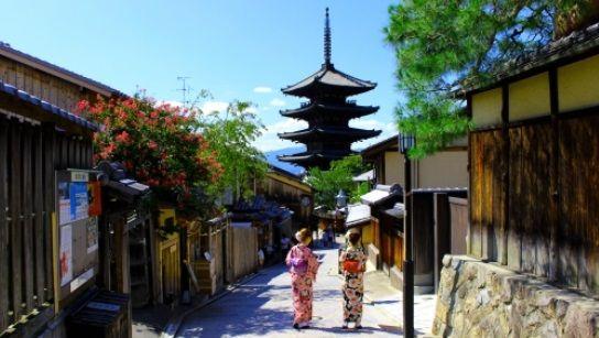 京都在住のマリ人が「パーティー楽しそうどすな」と言われたので誘ったら通報される