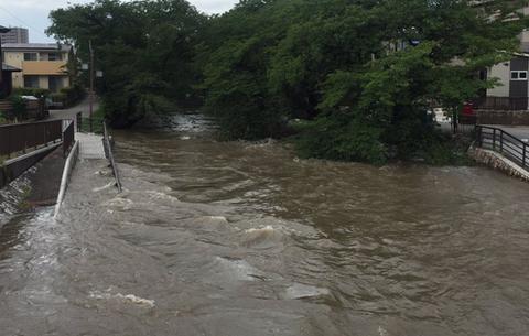【現場画像あり】大雨の影響で、愛知県大口町や江南市、犬山市など各地が冠水! 五条川氾濫し、避難指示される事態に 犬山駅も線路が冠水し、一時電車が走れない状態に