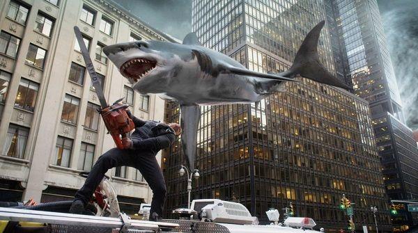 ついに人間側ではなくサメ側がチェーンソーで襲ってくる映画がリリースされる「サメって自由だなあ」