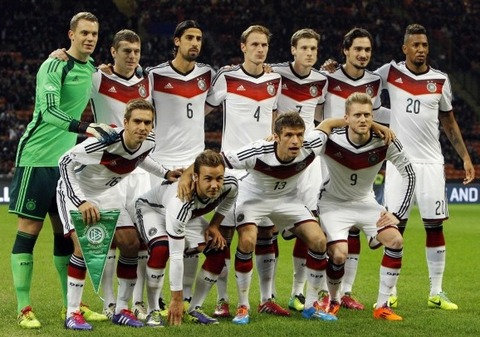 Germany-14-15-adidas-home-kit-white-white-white-line-up