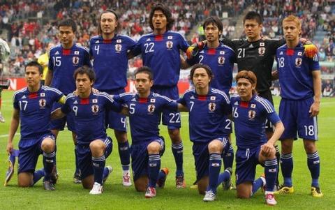 Japan-England-team-photo-International-Friendly-20100530