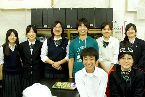 成田西陵高等学校制服画像
