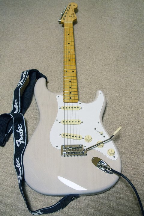 Fender Made in Japan Hybrid 50s Stratocaster : アンツァンド