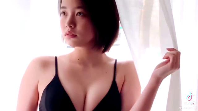 新田あゆな水着グラビアメイキング (4)