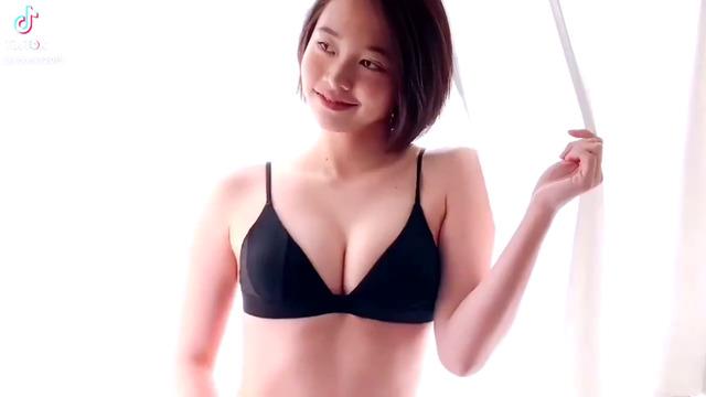 新田あゆな水着グラビアメイキング (2)