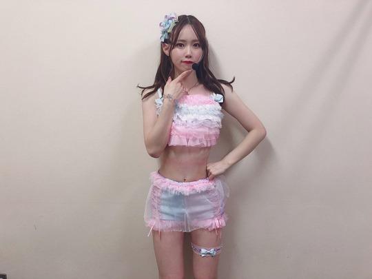 AKB48服部有菜グラビアオフショット