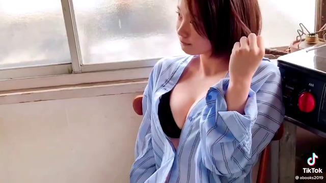 新田あゆな水着グラビアメイキング (7)
