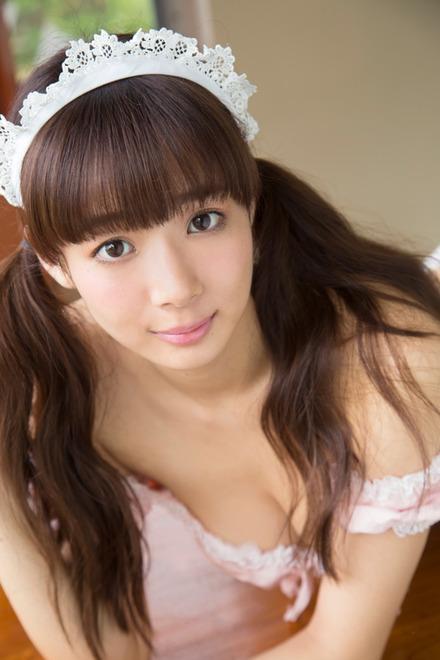 岡田紗佳1st水着グラビアDVD「今日、モデル休みます。」