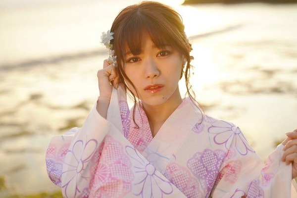 SKE48山内鈴蘭1st水着グラビアDVD「Natural Lily」