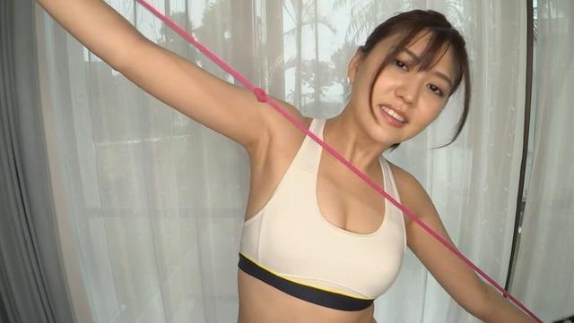 岩﨑名美2ndDVD「イワナミ・美脚でGO!」 (5)