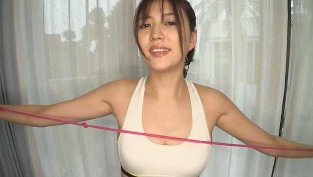 岩﨑名美2ndDVD「イワナミ・美脚でGO!」 (4)
