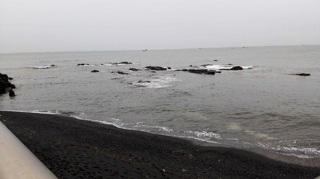 25削られた浜辺