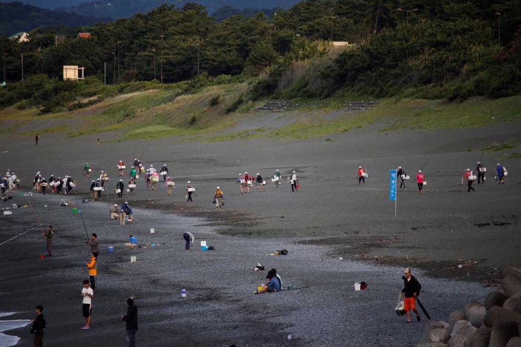 4こゆるぎ浜投げ釣り大会