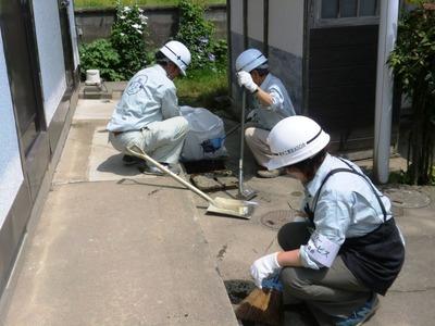 汚水桝の点検掃除3
