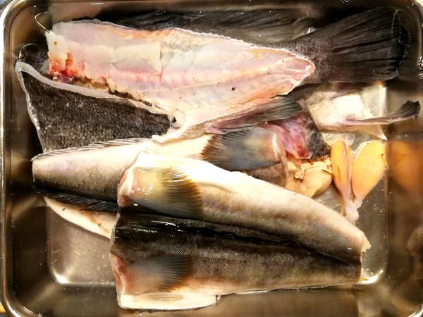 20190107smokefish2-001