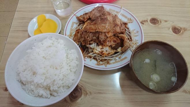 鶴田 三上食堂 焼肉定食
