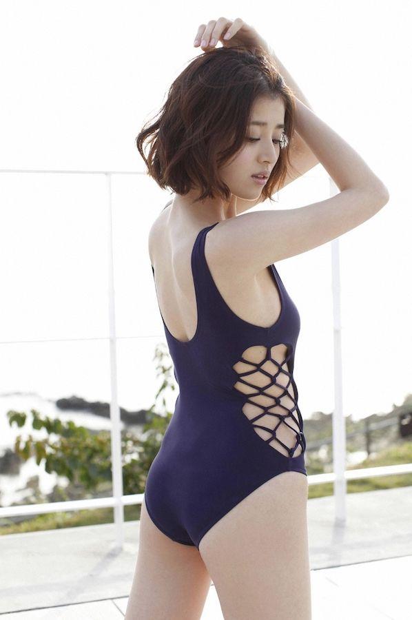 chinami-suzuki-01205425