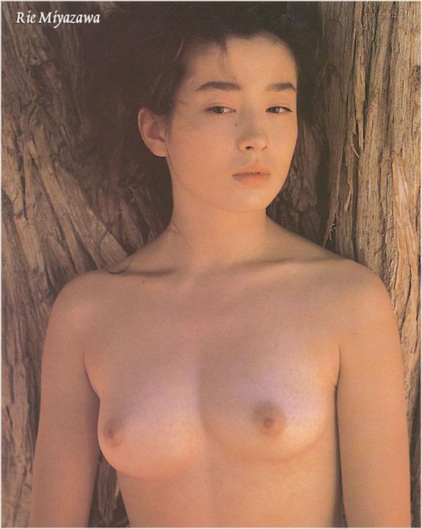 rie-miyazawa-00026974