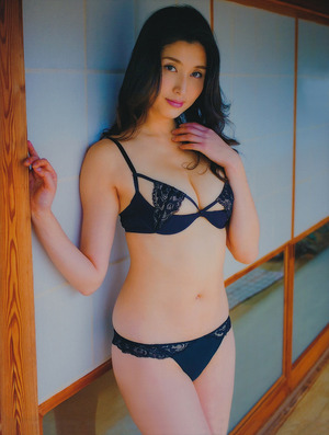 hashimoto-manami3202