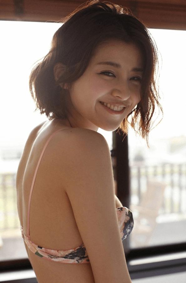 chinami-suzuki-000010