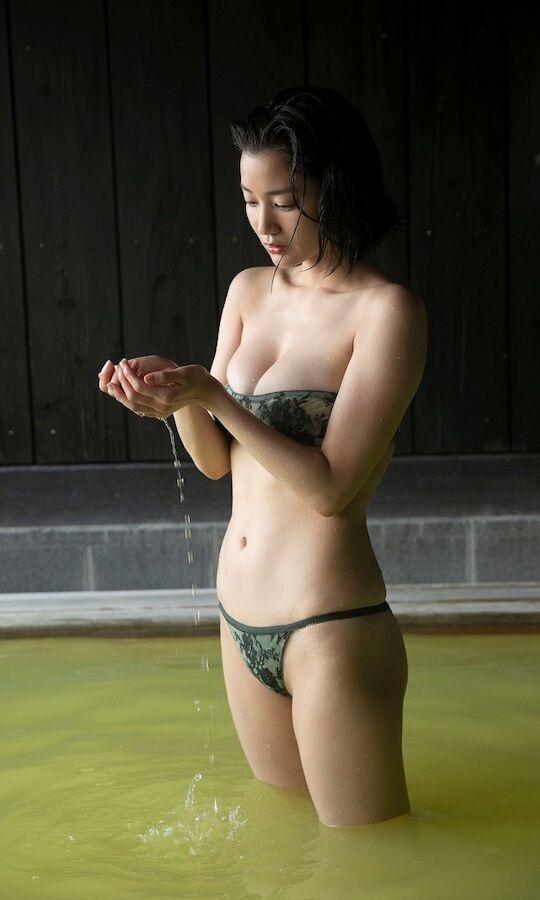 deguchi8204503230