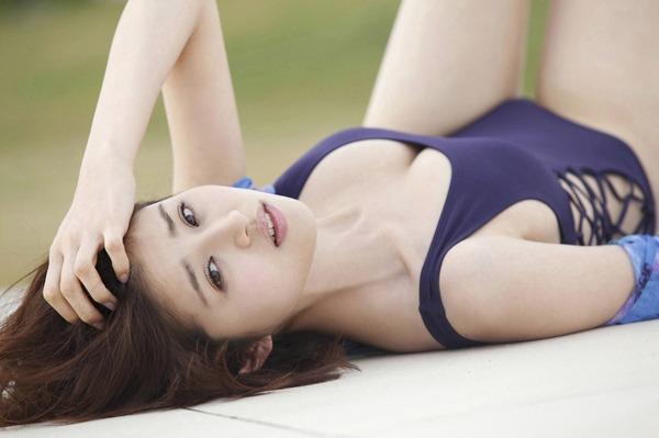 chinami-suzuki-01205420