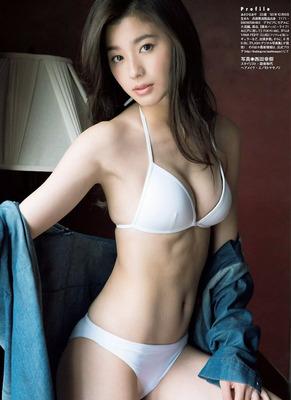 asahinaaya211