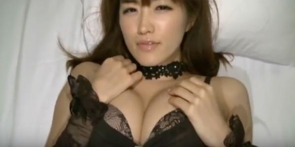 葉加瀬マイの騎乗位&正常位擬似セックス