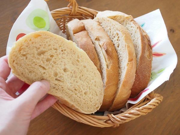 HBで簡単♪ 黒糖風味のふんわり&しっとり食パン。