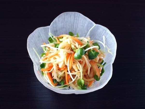 切り干し大根とかいわれ大根のポン酢サラダ。
