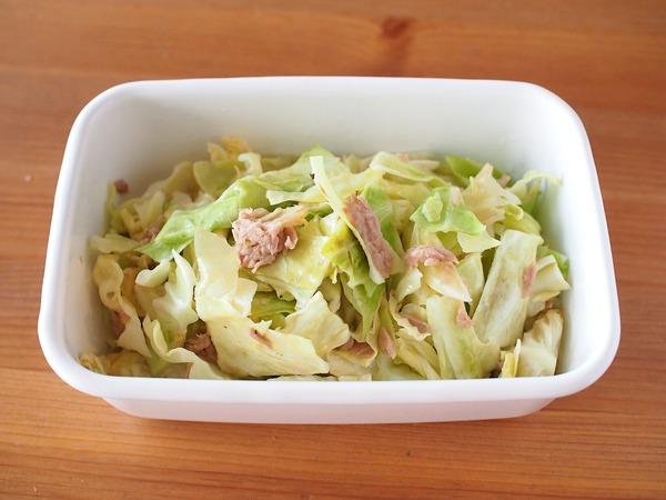 完成まで5分!キャベツとツナのポン酢サラダ。