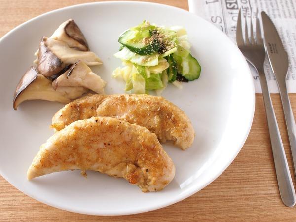 鶏ささみ肉のクミンソテー。