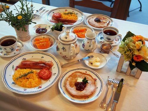 いちご酵母のパンケーキでbreakfast!
