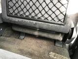 (4)シート背面
